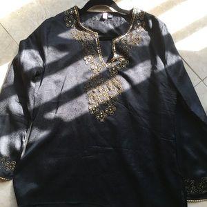 Gorgeous black ITSU with gol design around collar.